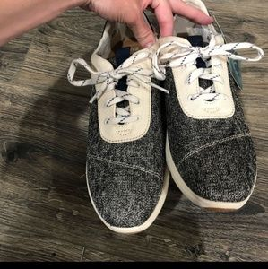 NWT ❤️ Tom's Cabrillo Birch Knit Sneaker Shoes 8.5